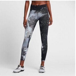 Nike Legendary Tight Fit Paint Splatter Leggings